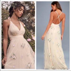 Lulu's Lorenzo Beige Embroidered Maxi Dress. NWOT